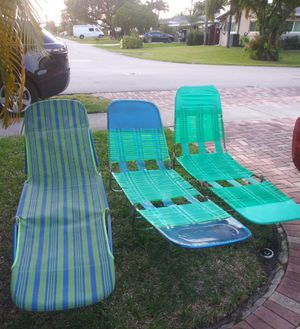 Folding Beach Lounge Chairs for Sale in Oakland Park, FL