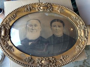 Antique bowed-front glass picture and frame for Sale in Austin, TX