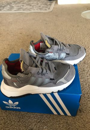 Adidas nite jogger 11c for Sale in San Ramon, CA