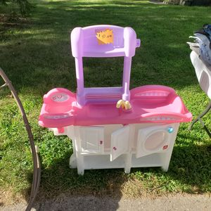 Girls play set for Sale in Wyoming, MI
