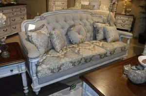 ❄❄ BRAND NEW ❄Amancio Antique White Living Room Set for Sale in Jessup, MD