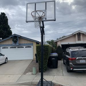 Spalding Basketball Hoops Rim for Sale in San Diego, CA
