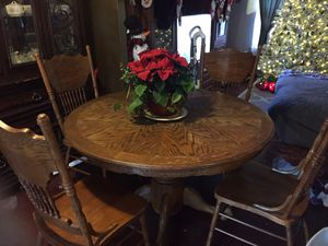 Kitchen table for Sale in Waldorf, MD