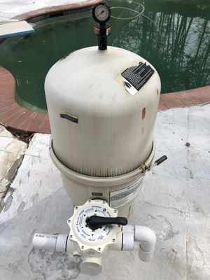 Pentair FNSP 48 Pool DE Filter with New Valve Handle for Sale in Norcross, GA