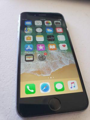 iPhone 6 64GB Unlocked t-mobile AT&T MetroPCS cricket for Sale in Hemet, CA