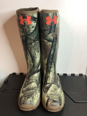 Under Armour camo rain boots size 11 for Sale in San Francisco, CA