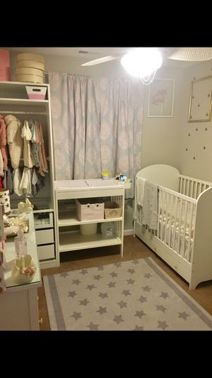 Baby Crib, mattress, and changing table. for Sale in Frederick, MD