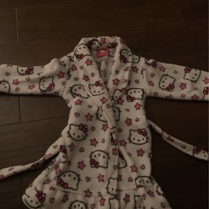 Child Robe Size 3 for Sale in Rancho Cucamonga, CA