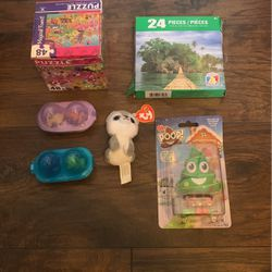 Puzzles, Toys, And Plushie for Sale in Voluntown,  CT