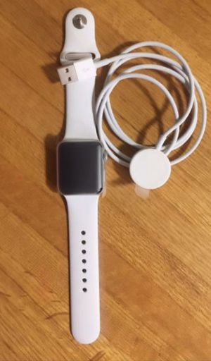 Apple watch rose serie 3 42mm gps for Sale in Cranston, RI