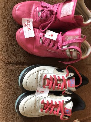 Women coach,Reebok ,Nike size6,7,8.5,9 good condition cheap cheap!!! for Sale in Laurel, MD