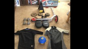 UFC Focus Pads, Viper Fins, Brand New Razor, Wetsuits ect... for Sale in Rancho Santa Margarita, CA