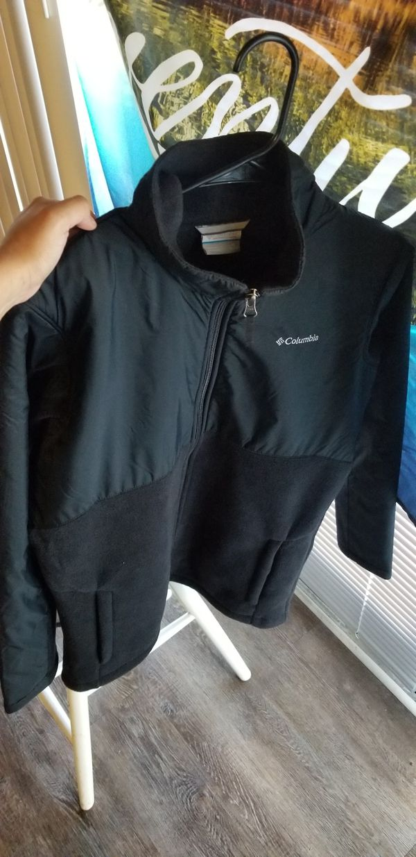 Columbia Sweater (XL) smaller than it looks**