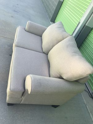 Grace Love seat sofa for Sale in Lake Forest, CA