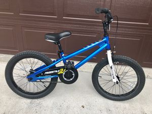 18 inch kids bike - 2 available (neon green & blue/white) for Sale in Fort Lauderdale, FL