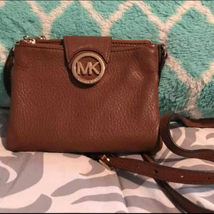 Michael Kors Crossbody purse for Sale in Wichita 76c9f05760db9
