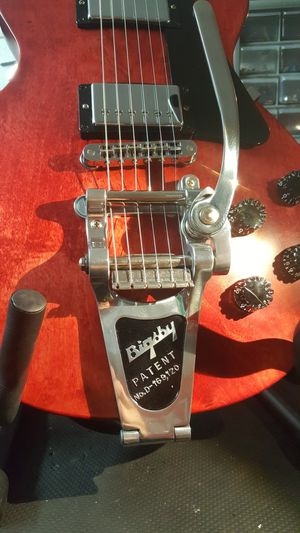 Bigsby B7 Vibrato Tailpiece in chrome with V7 Vibramate adapters for Sale in New Port Richey, FL