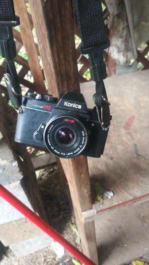 Konica AUTOREFLEX TC- 40mm F 1.8 lense for Sale in Portland, OR
