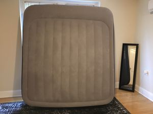King size air mattress brand new for Sale in Washington, DC