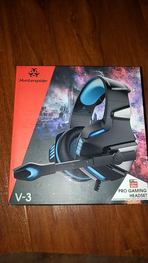 Hunterspider gaming headset 3.5 mm 4 pin with USB adapter for Sale in Rosemead, CA