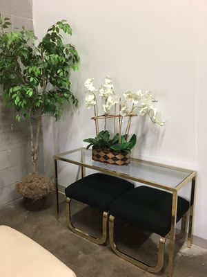Console table and stools for Sale in Lutherville-Timonium, MD