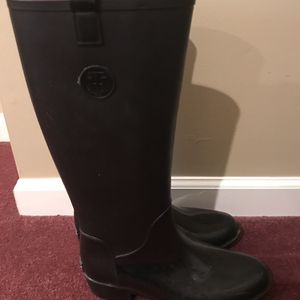 Tommy Hilfiger rain boots for Sale in Phoenixville, PA