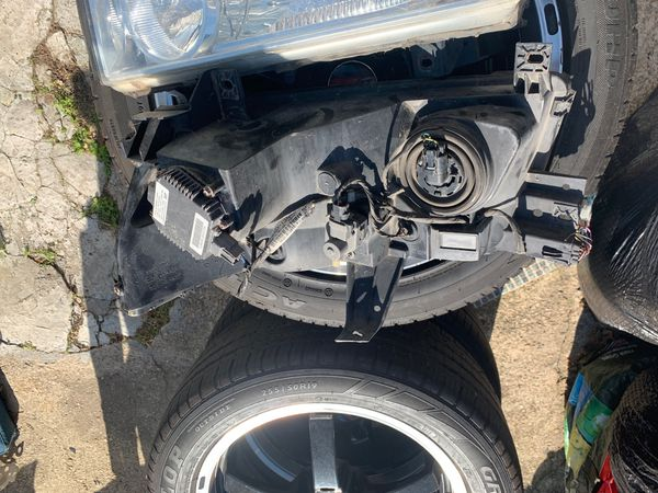 Infinte Q56 headlights black seats front bumper & side mirrors
