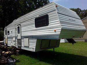 1993 31' Four Winds 5th wheel camper for Sale in Townsend, DE