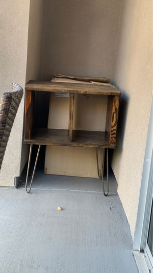 Wooden side table for Sale in Los Angeles, CA