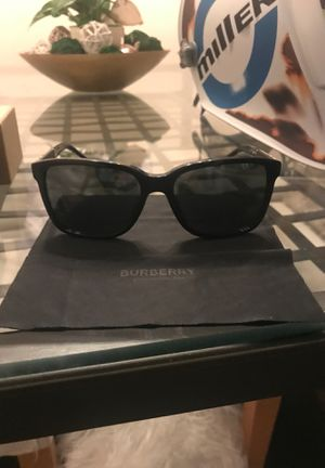 Burberry men sunglasses for Sale in Rancho Cucamonga, CA