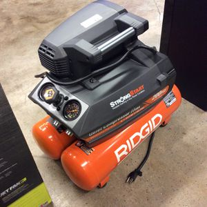 RIDGID Model OF45200SST 4.5 Gal. Portable Electric Quiet Compressor for Sale in Tacoma, WA