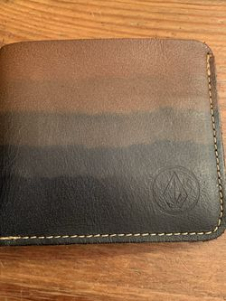 Leather Volcom Wallet for Sale in Costa Mesa,  CA