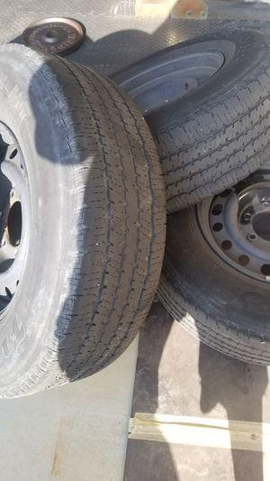 Tire 245 75 16 for Sale in Moreno Valley, CA