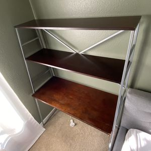 Desk (shelving) for Sale in Beverly Hills, CA