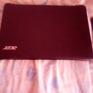 Laptop With Charger Included for Sale in Merced, CA