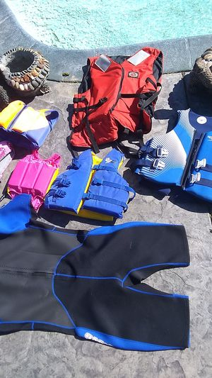 Lot of Different sizes of life jackets kids are all for Sale in Sanger, CA