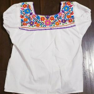 Girls Mexican top size 6/7 for Sale in Monrovia, CA