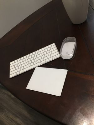 Apple wireless keyboard mouse and track pad for Sale in Bradenton, FL