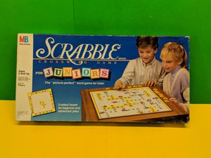 Vintage Scrabble for Juniors 1989 The Picture Perfect Word Game for Kids! for Sale in Mount Prospect, IL