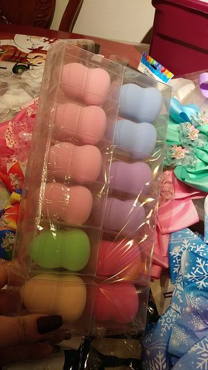Beauty blender for Sale in Hesperia, CA