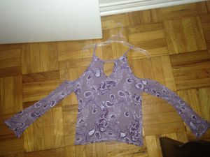 Junior tops size Medium for Sale in Fort Worth, TX