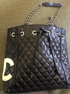Chanel Tote Bag for Sale in Los Angeles, CA