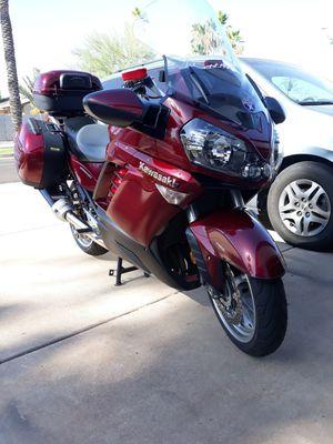 09 Kawasaki 1400 cc like new for Sale in Glendale, AZ