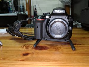Nikon D3400 camera, 2 lenses, and few other items for Sale in Chicago, IL