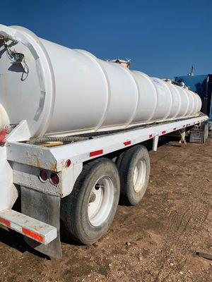 Freightliner with water tank trailer for Sale in Midland, TX