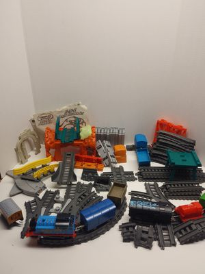 Thomas and friends mastertrack lot bundle w trains & track for Sale in Philadelphia, PA