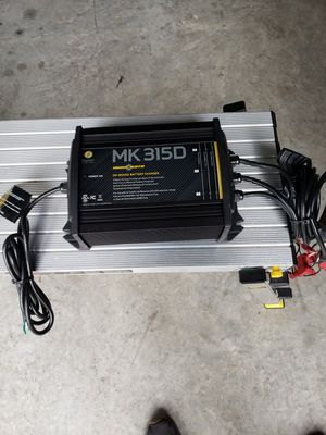 battery charger for Sale in Miami, FL