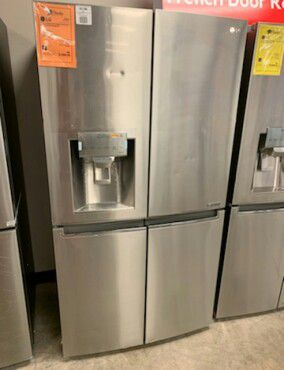 New LG Stainless Quad Door Refrigerator!!1 Year Manufacturer Warranty for Sale in Gilbert, AZ