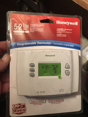 Honeywell programmable Thermostat for Sale in Boston, MA