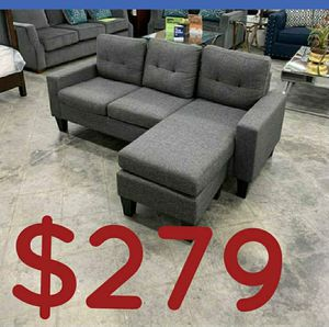 """Grey sectional sofa 77x58 """" reversible for Sale in Buena Park, CA"""
